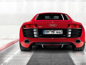 Audi R8 vista trasera