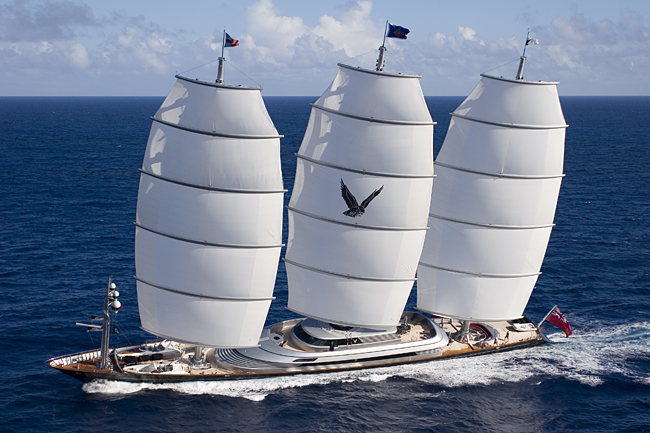 Yate Maltese Falcon