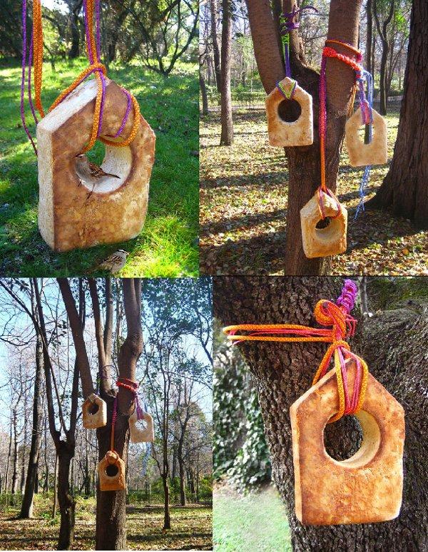Casa de pájaros de pan de antiatoms.com